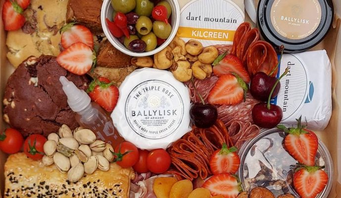 gourmet_grazing_ni_202837639_826676298254460_235112691304753360_n(1)