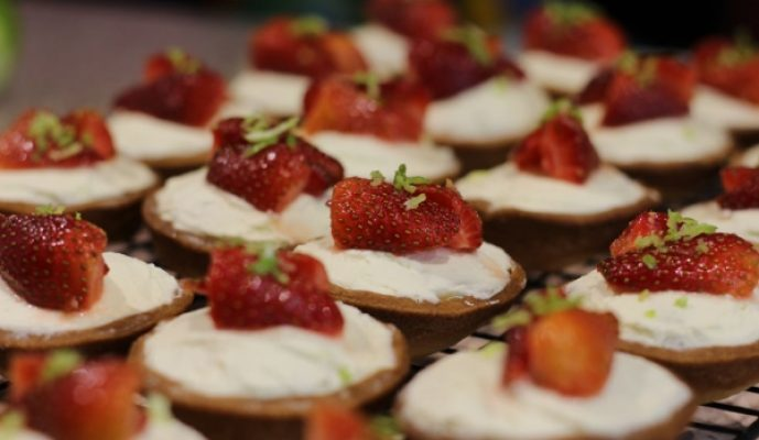 strawberry-lime-coconut-pies